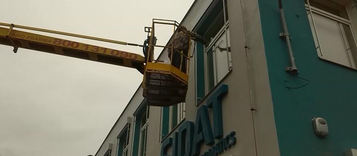 Mytí a čištění oken, fasády ve výšce Brno